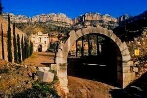 Mountain walks spain - old monastery walks - hiking in catalonia - walking holidays