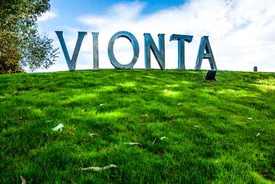 visit galicia | guide to rias baixas wine | bodegas vionta