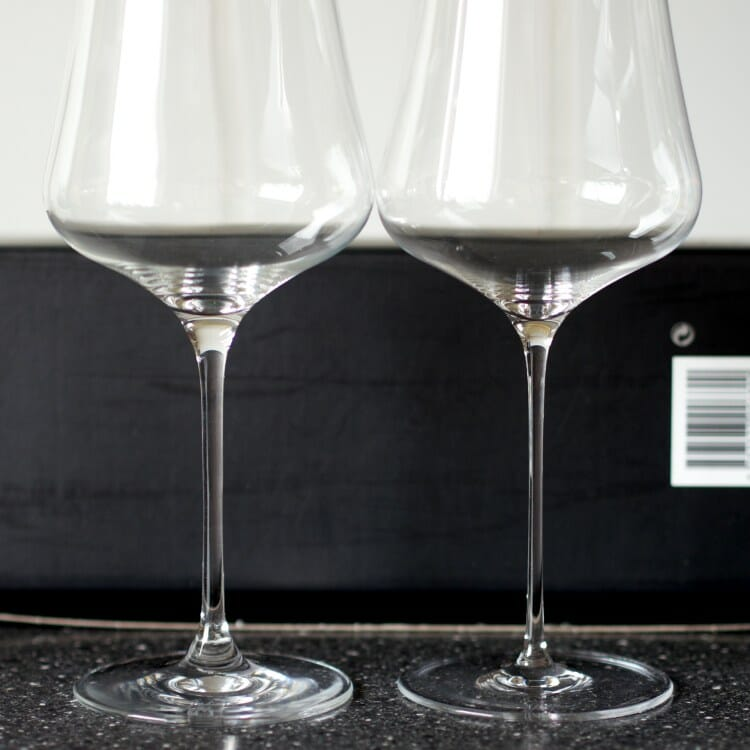 Comparison between machine-blown glass (left) and hand-blown glass (right).
