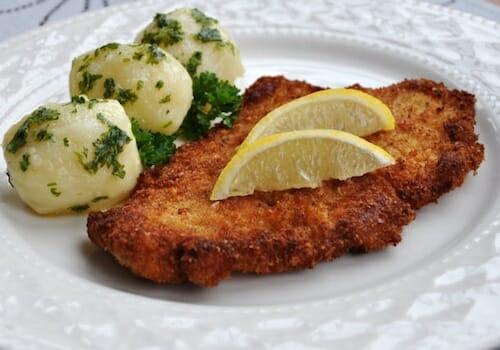 Wiener Schnitzel - perfect with a light Grüner Veltliner